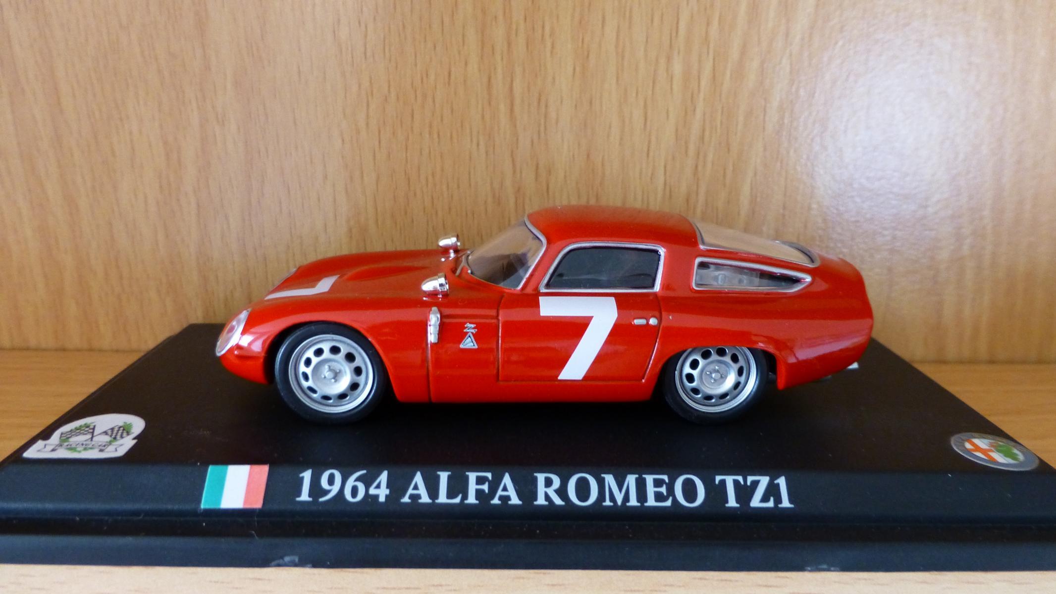 Rote Modellautos in 1:43 - Alfa Romeo